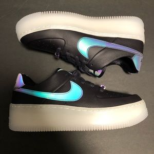 Women's Air Force 1 Sage Low Size 8.5